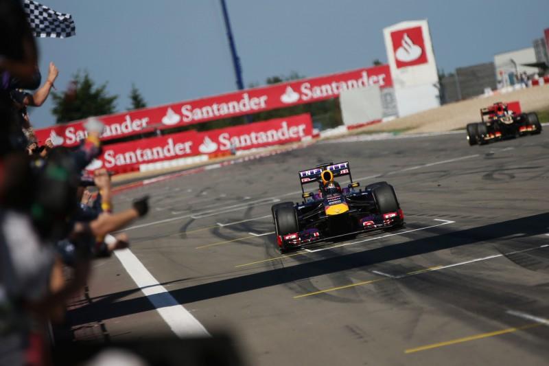 Sebastian Vettel Renault Renault F1 ~Sebastian Vettel (Ferrari) ~