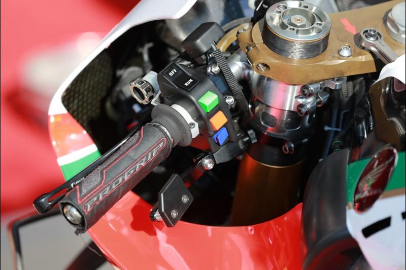 Daumenbremse an der LCR-Honda von Cal Crutchlow