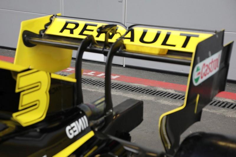 Heckflügel: Renault R.S. 19