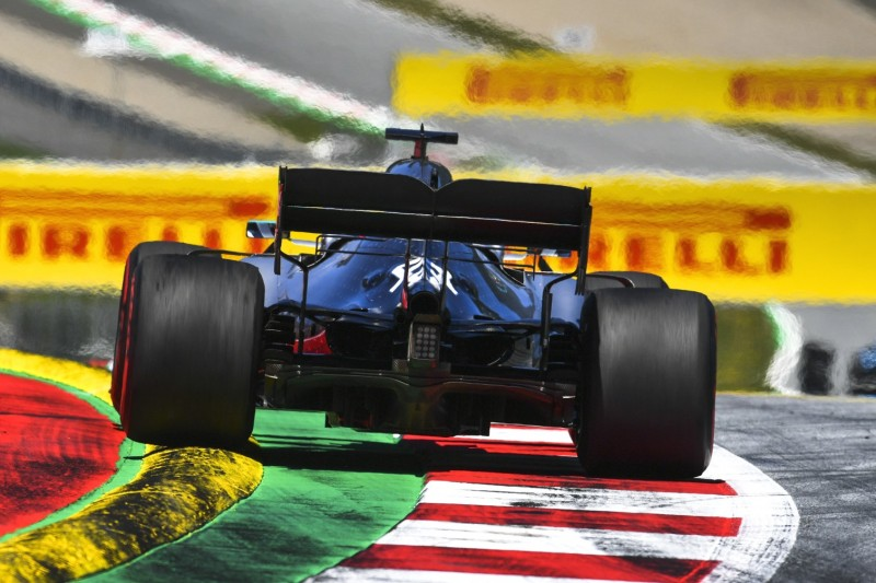 Lewis Hamilton, Heck
