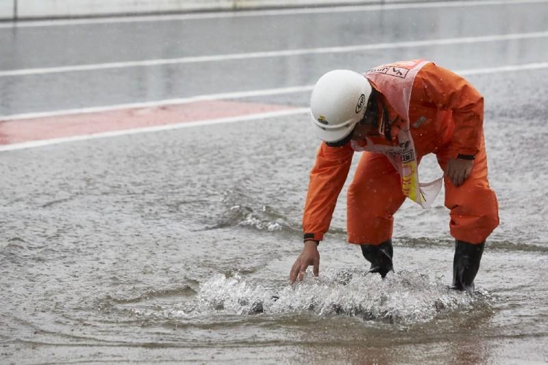 Sportwart in Suzuka im Regen 2017