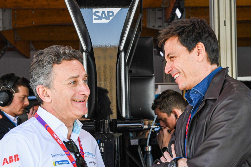 Alejandro Agag, Toto Wolff