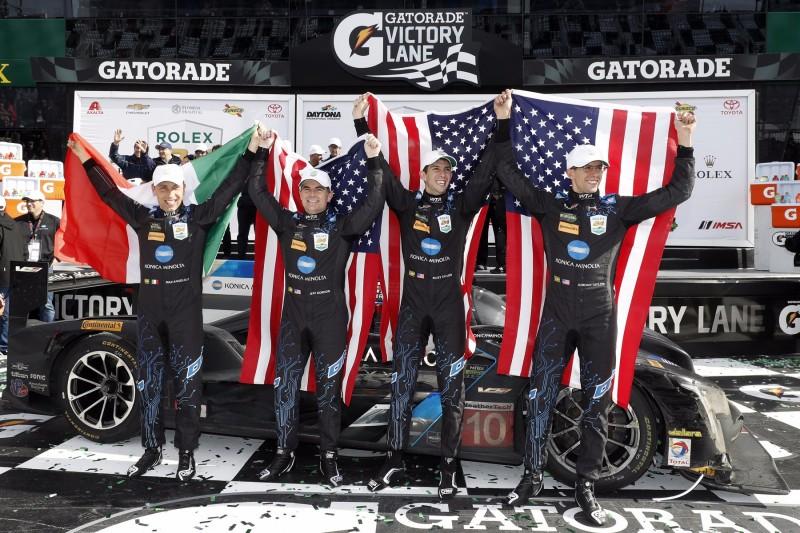Jeff Gordon, Ricky Taylor, Jordan Taylor, Max Angelelli, Victory Lane