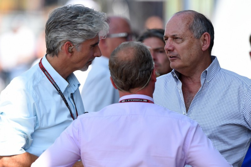 Damon Hill, Ron Dennis