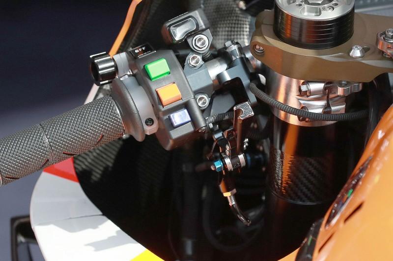 Honda RC213V: Holeshot-Device