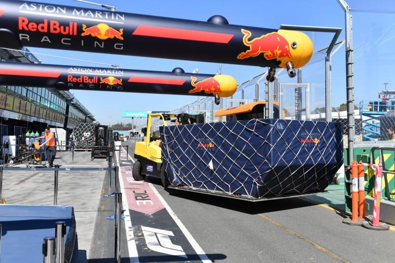 Formel-1-Fracht in Melbourne