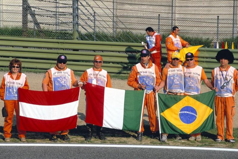 Tribut für Ratzenberger und Senna