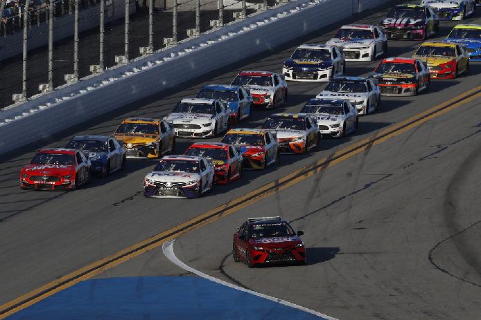 Restart in Daytona