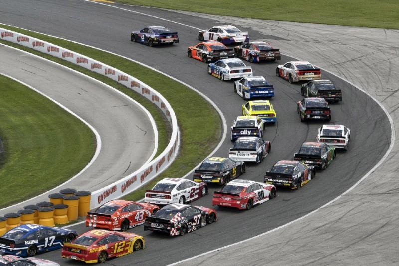 Start zum Rundkurs-Rennen 2020 in Daytona