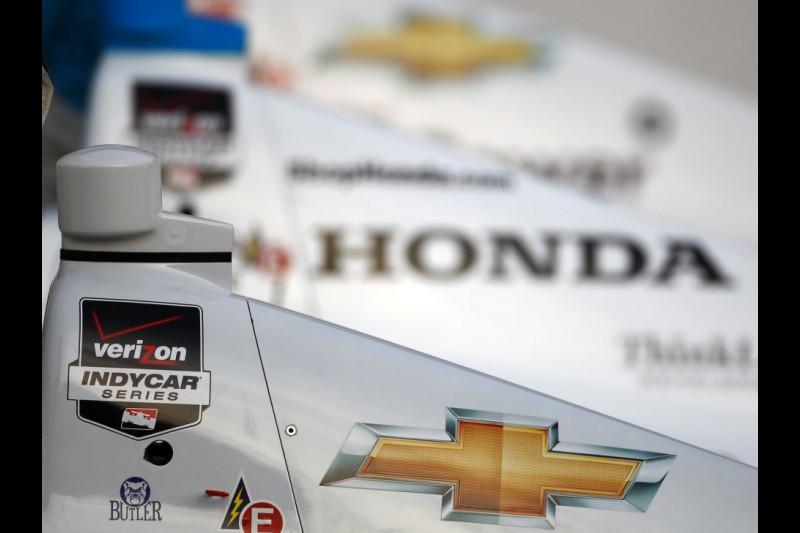 Logos: Chevrolet Honda