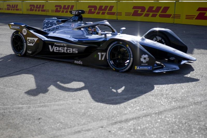 Nyck de Vries beim E-Prix der Formel E 2021 in Berlin