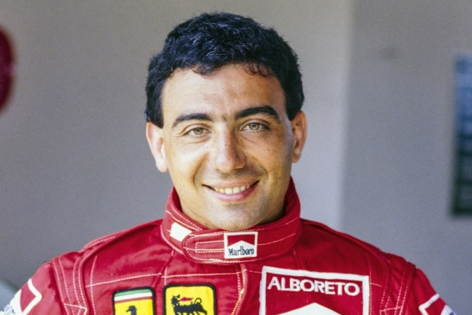 Porträt von Michele Alboreto, als Formel-1-Fahrer bei Ferrari
