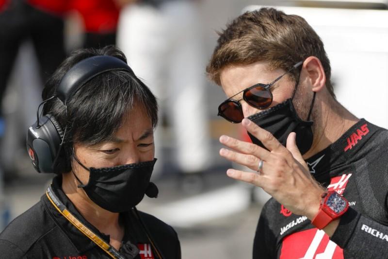 Romain Grosjean mit Haas-Renningenieur Ayao Komatsu