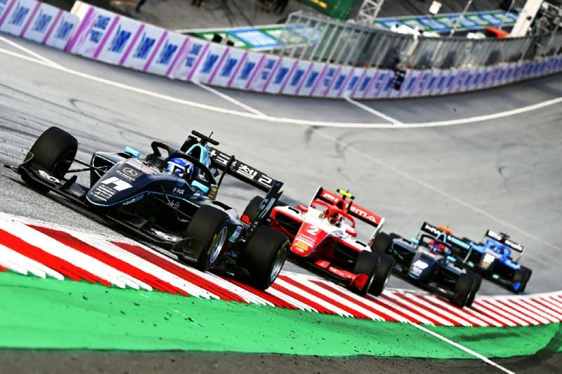 Fahrzeuge der Formel 3 beim Rennen auf dem Red-Bull-Ring in Spielberg