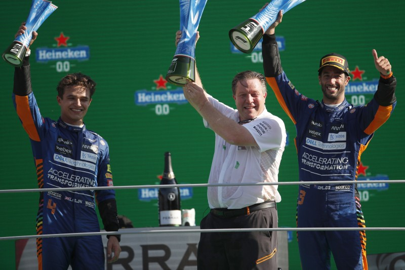 Lando Norris, Zak Brown, Daniel Ricciardo