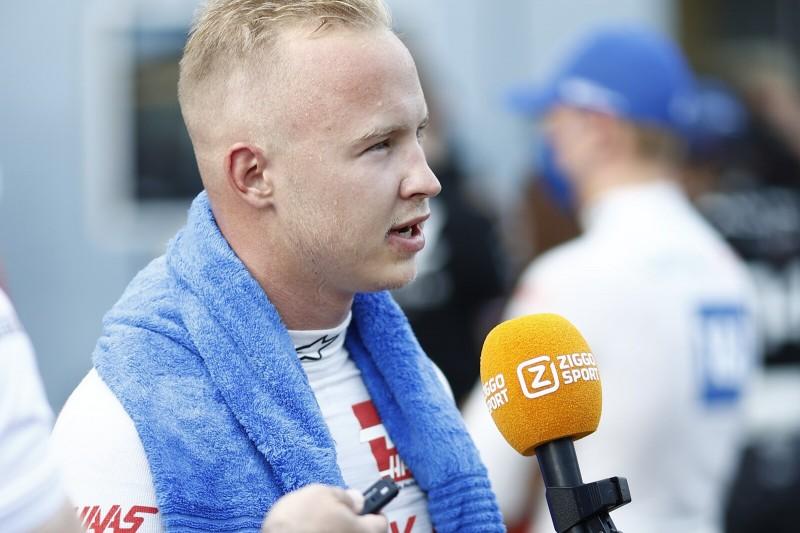 Formel-1-Fahrer Nikita Masepin vom Team Haas im Interview