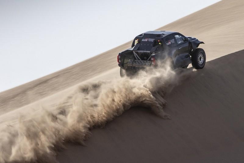 Mit dem Toyota Hilux fordern die Japaner Audi und Prodrive heraus