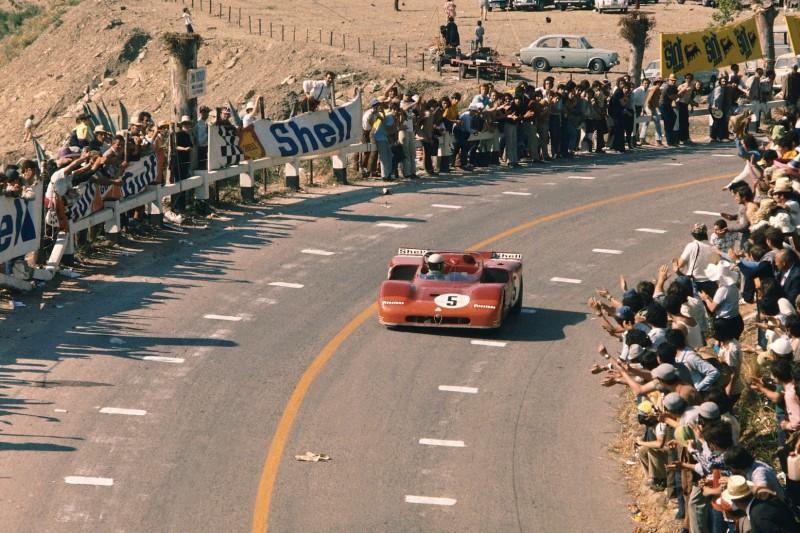 Nino Vaccarella im Alfa Romeo T33/3 bei der Targa Florio 1971