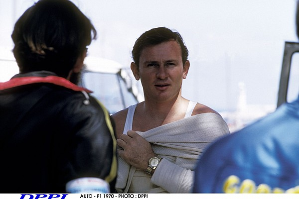 AUTO - F1 1970 - PHOTO : DPPI BRUCE MCLAREN (NZ) / MCLAREN FORD - AMBIANCE - PORTRAIT