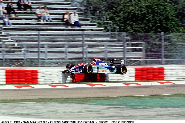 AUTO F1 1994 - SAN MARINO GP - RUBENS BARRICHELLO / JORDAN - PHOTO: JOSE RUBIO / DPPI CRASH ACTION