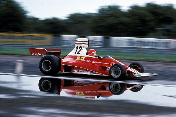 F1 ARCHIVE - LAUDA and HUNT rivalry 1976