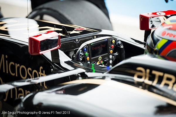 Steering Wheels (1 of 3)