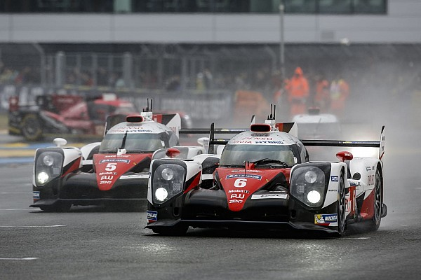06 SARRAZIN Stéphane (fra) CONWAY Mike (gbr) KOBAYASHI Kamui (jpn) Toyota TS050 hybrid lmp1 team Toyota Gazoo racing action during the 2016 Le Mans 24 hours race, from June 18 to 19 at Le Mans circuit, France - Photo Antonin Vincent / DPPI