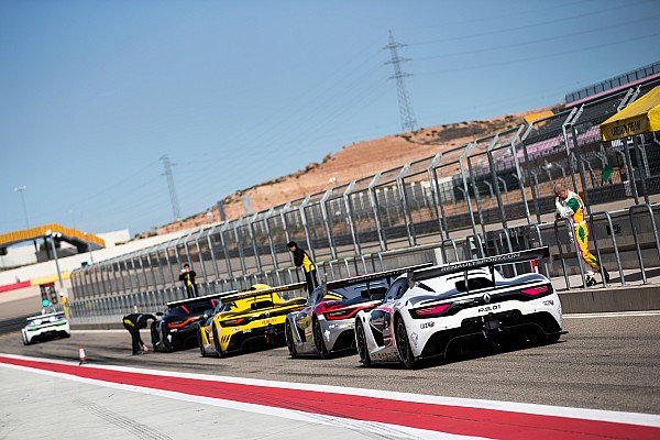 OWENS Raoul (GBR) FORNE Toni (ESP) R-ACE GP Ambiance during 2016 Renault sport series at Motorland April 15 To 17, Spain - Photo Clement Luck / DPPI