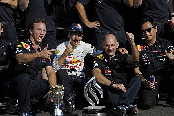 MOTORSPORT - F1 2011 - ITALY GRAND PRIX / GRAND PRIX D'ITALIE - MONZA (ITA) - 08 TO 11/09/2011 - PHOTO : THIERRY BOVY / DPPI - VETTEL SEBASTIEN (GER) - RED BULL RENAULT RB7 - AMBIANCE PORTRAIT