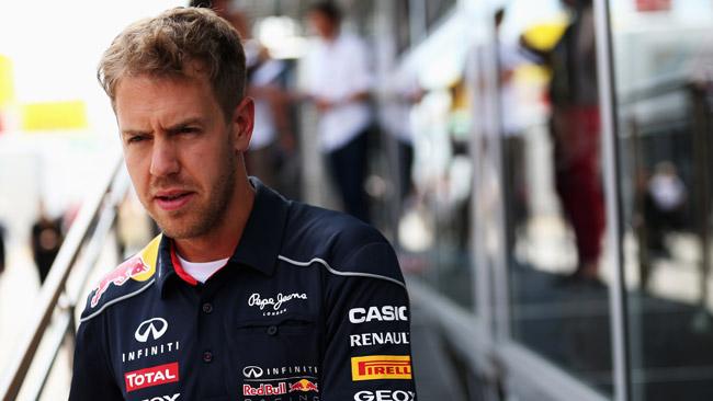Vettel sulle gomme: