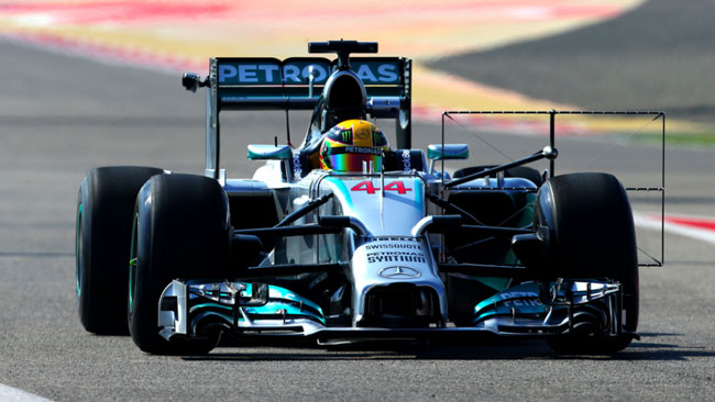 Bahrein, Day 1 (Ore 15): Hamilton primo sotto all'1'38