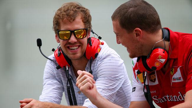Vettel nel box Ferrari, Marko: