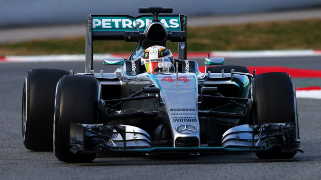 Barcellona, Day 1, Ore 11: Hamilton va sotto all'1'25