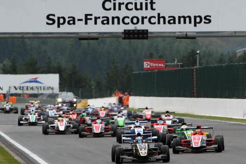 Start w Spa-Francorchamps   Fot. Chris Schotanus