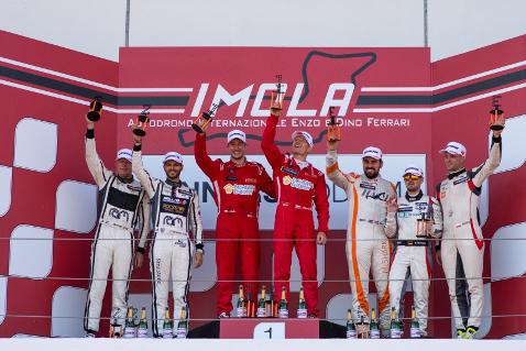 Podium w Imoli | Fot. Boost Racing Images