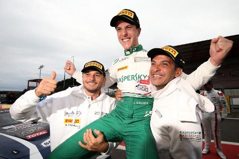 Giancarlo Fisichella, James Calado i Marco Cioci   Fot. blancpain-gt-series.com