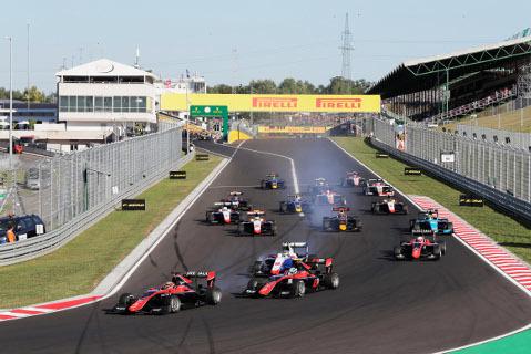Start na Hungaroringu   Fot. GP3