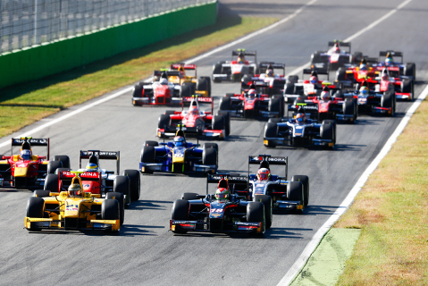 Start na Monzy   Fot. FIA F2