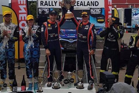 Podium Rally New Zealand   Fot. Paddon Rallysport