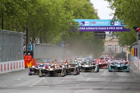 Start w Paryżu | Fot. FIA Formula E