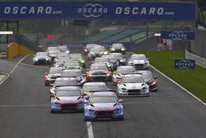 Start na Hungaroringu | Fot. FIA WTCR
