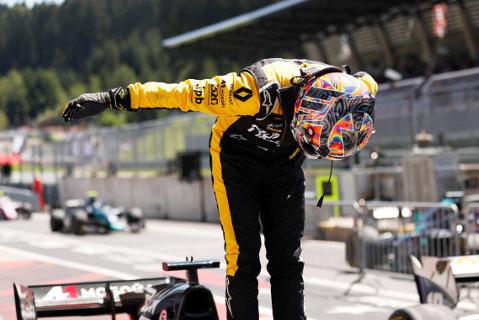 Artiom Markiełow | Fot. FIA F2
