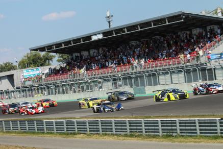 Start na Slovakia Ringu | Fot. FIA CEZ