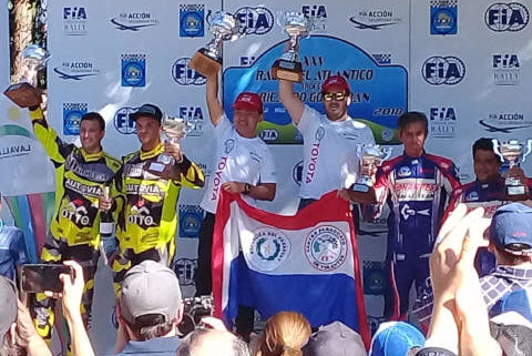 Podium Rally del Atlantico | Fot. Team Toyota Paraguay