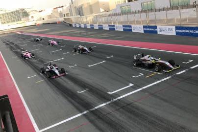 Start w Dubaju | Fot. F4 UAE