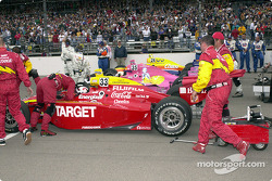 Tony Stewart, getting ready for the race