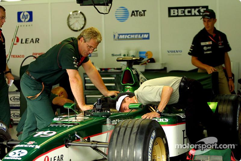 Roberto Moreno inspecting the Jaguar