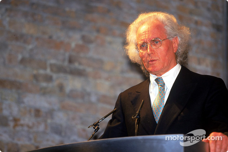 Luciano Benetton speaks at the B201 launch