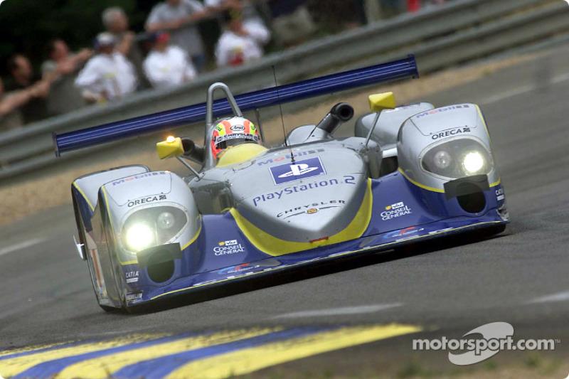 Olivier Beretta prepares to qualify the Team Playstation Chrysler LMP