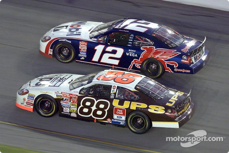 Dale Jarrett and Jeremy Mayfield battle it out